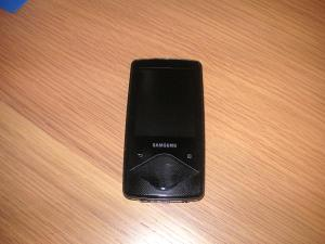 Samsung YP-Q1 16GB (had out side-testing on an opened-box returns period but did not keep)