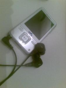 R3SET - Portable Audio