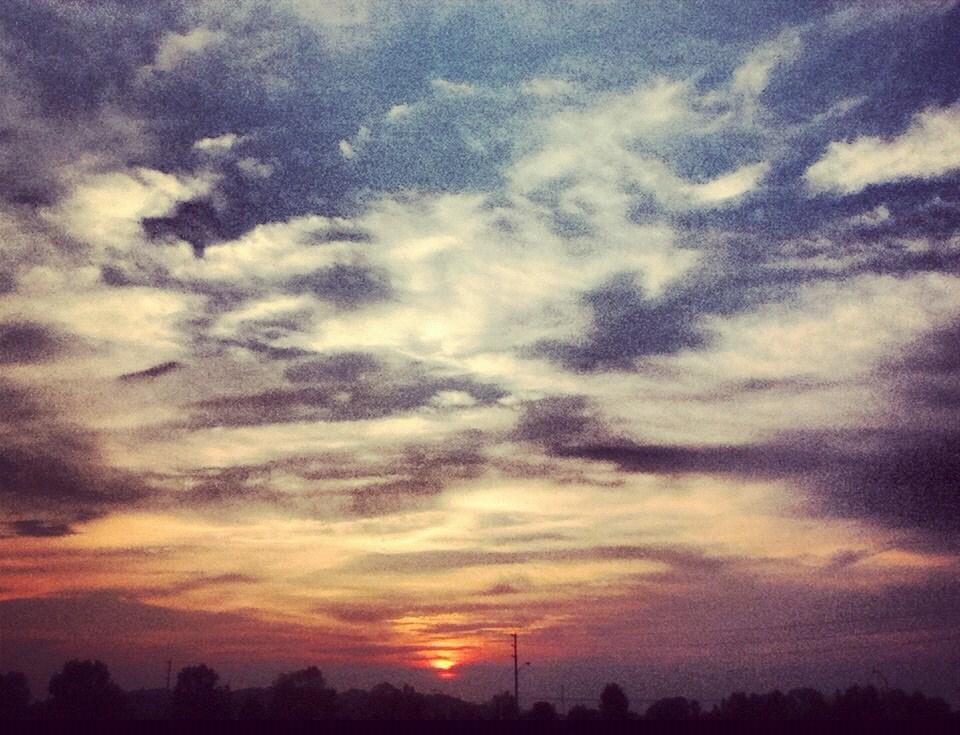 london sunset (taken by me )