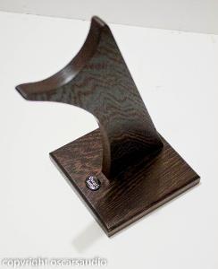 solid wenge headphone stand www.oscarsaudio.co.uk