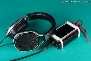 OPPO PM-1 pre-production prototype with portable rig (Apple iPod Touch 64GB, CEntrance HiFi-M8).