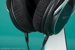 The Shure SRH1540's earpads are covered in vented Alcantara, which I find to be extraordinarily...