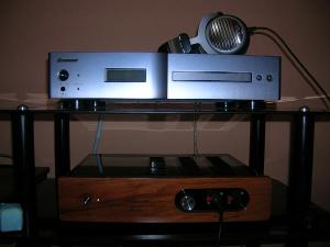 Beyerdynamic DT990 2005, SACD/CD Pioneer PD-D6-J and tube amplifier in class A Yarland P100...