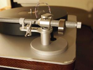 Clearaudio  Clarify tonearm