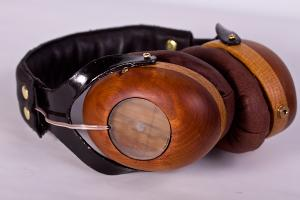 Wooden headphones made from scratch with Sennheiser  hd201 drivers...