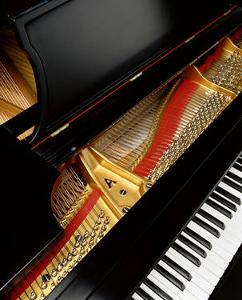 Baby-Grand-Piano7.jpg