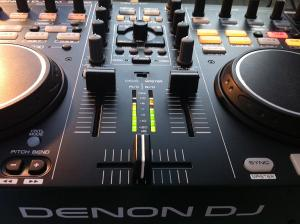 denon-mc3000-review-mixer.jpg