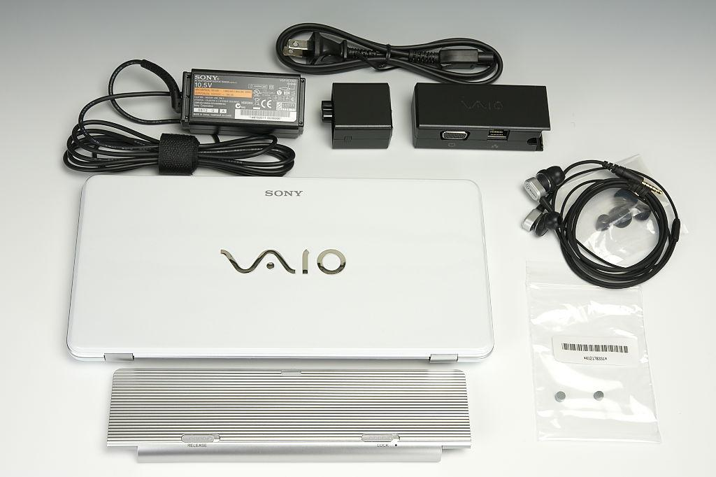 Sony VAIO type P UMPC Notebook Image 2 (with original bundled accessories and AC power adapter,...