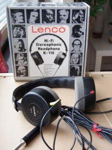 Lenco K110 with box.jpg