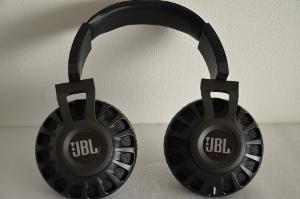 JBL Synchros S700 pic 6