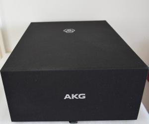AKG K812 presentation box