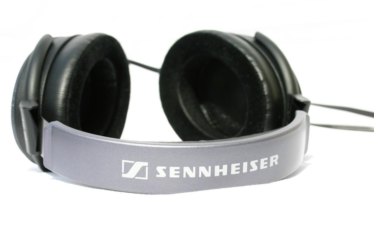 Sennheiser HE60_6187.jpg