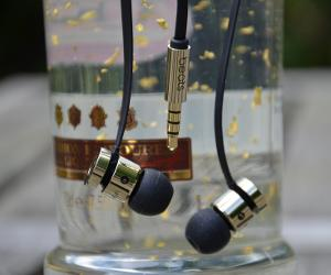 Limited Edition urbeats by Alexander Wang