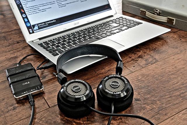 GRADO SR225i with E18 and laptop running Audacious on Ubuntu <br />