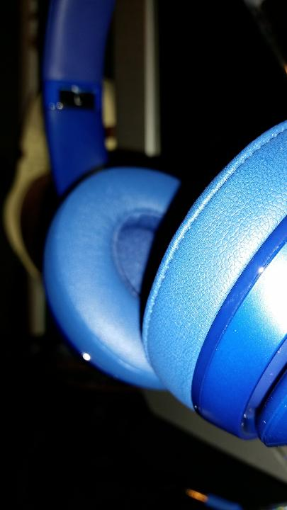 Beats Solo 2 - The only reason I gave these a shot was because of InnerFidelity.