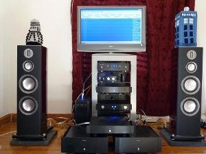 Computer is primary source. The CD7se cd transport sounds better but the computer is more...