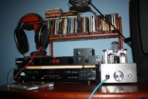 My new rig Sony DVP-S560D>>>WooAudio 6 with upgraded driver tubes 6FD7 Bottle>>>HD-650 with...