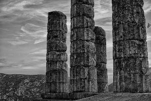 Delphi BW.jpg