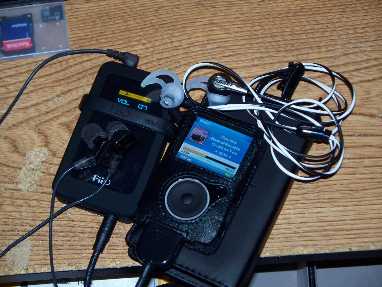 This is a picture of the actual Fiio E7 connected Via (LOD) to my Sansa Fuze and my Sennheiser...