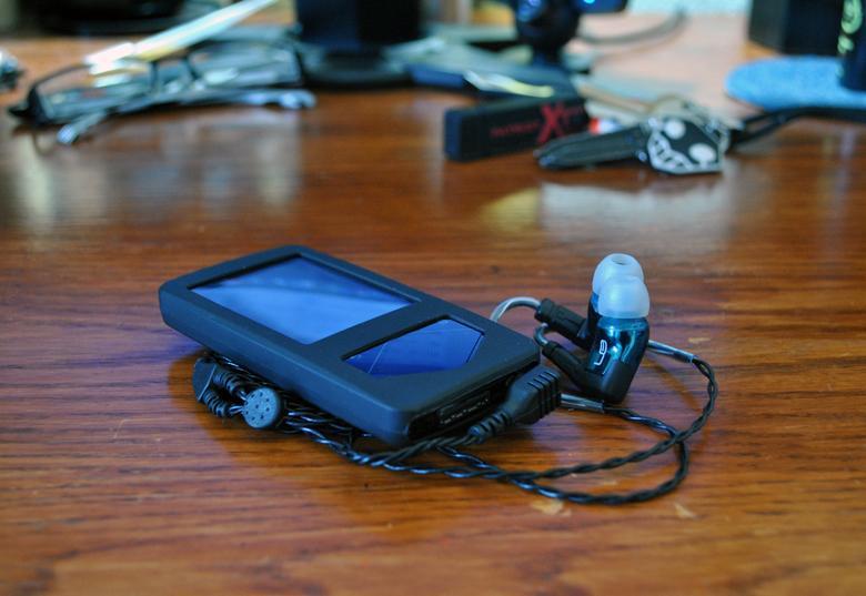 Samsung YP-Q1, Triple.fi10