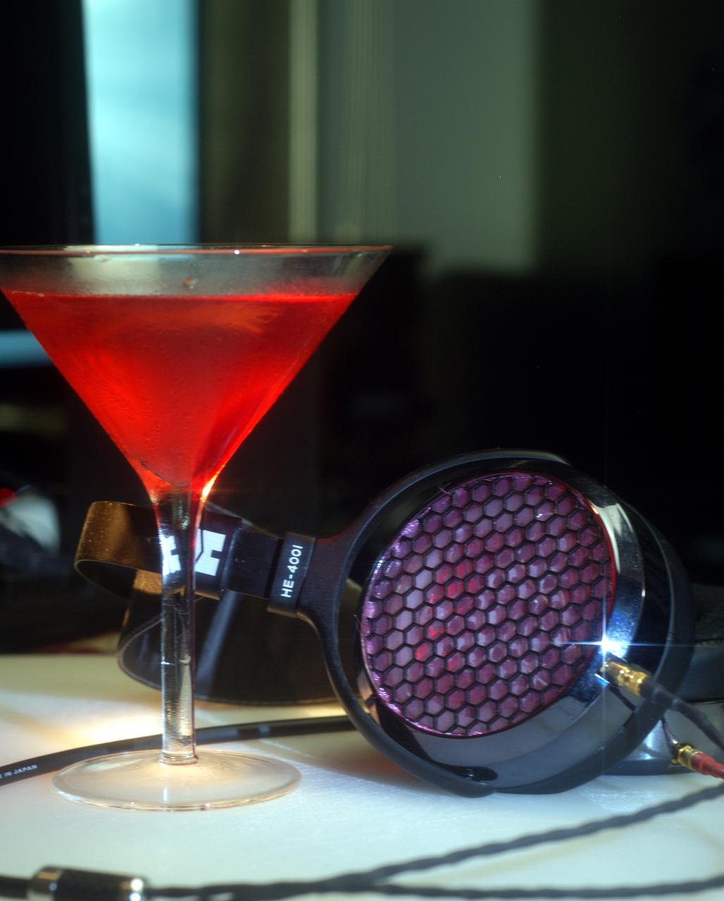 Cosmo w/ HE-400i, pink/black grill mod