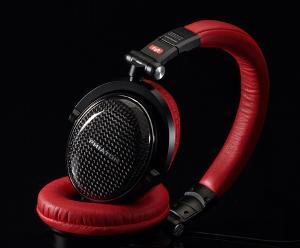 Phiaton_MS400_headphones_2.jpg