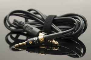 Other half of the 1.5m Sennheiser cable with Viablue plug - turned into Aux-cable