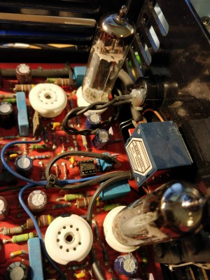 Tube sockets and pot