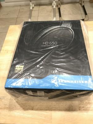 Unopened new HD650