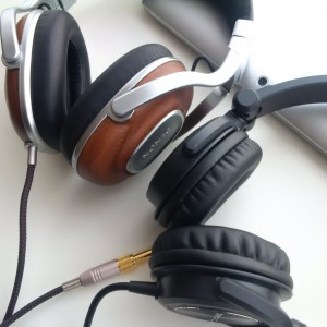 The HP800 have upgraded pads from AKG545, they fit perfectly, they are slightly bigger and much...