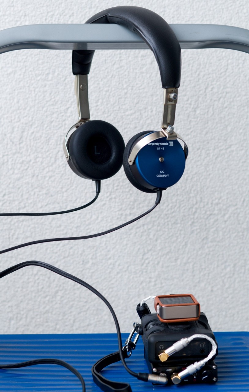 Flat sound, good bass with Aventho pads (equally good as with DT48e pads). Not as good sound as...