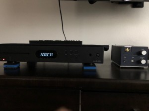 the newest (and hopefully last) transport and my fav amp/dac...