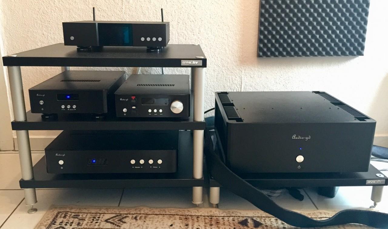 - Auralic Aries G1<br /> - Audio-GD NFB-1.38<br /> - Audio-GD Master-1<br /> - Audio-GD...